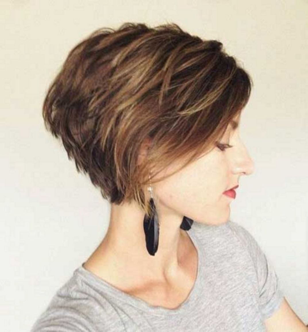 Awesome short hair cuts for beautiful women hairstyles