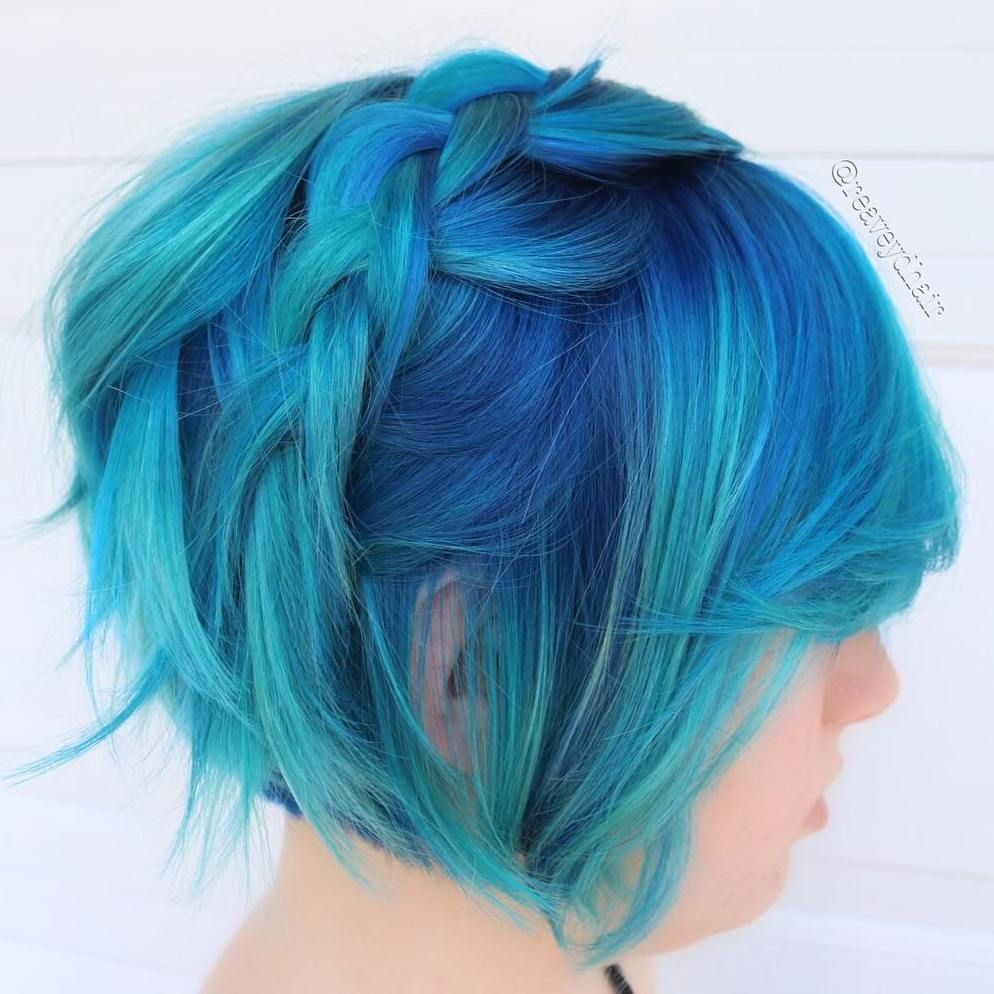 mindblowing short hairstyles for fine hair pastel blue bobs