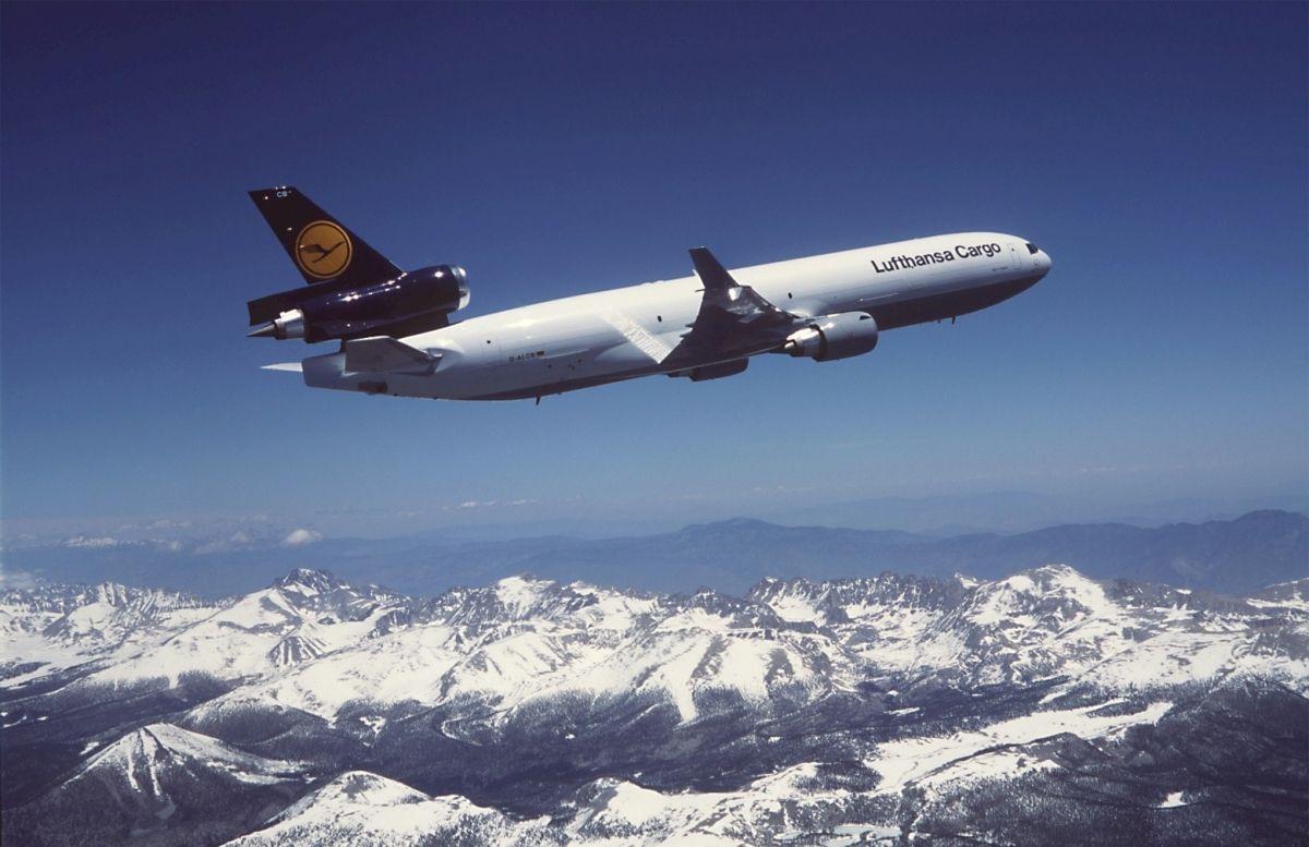 Lufthansa Cargo MD11 freighter