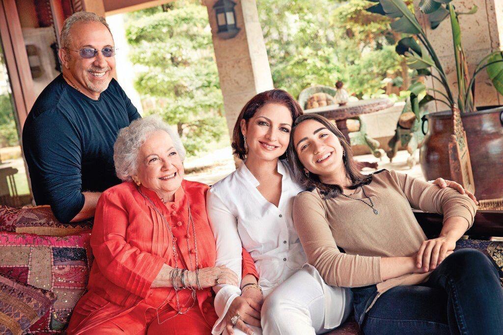 Gloria and her family   Gloria Estefan   Pinterest   Families Gloria Estefan Family 2013