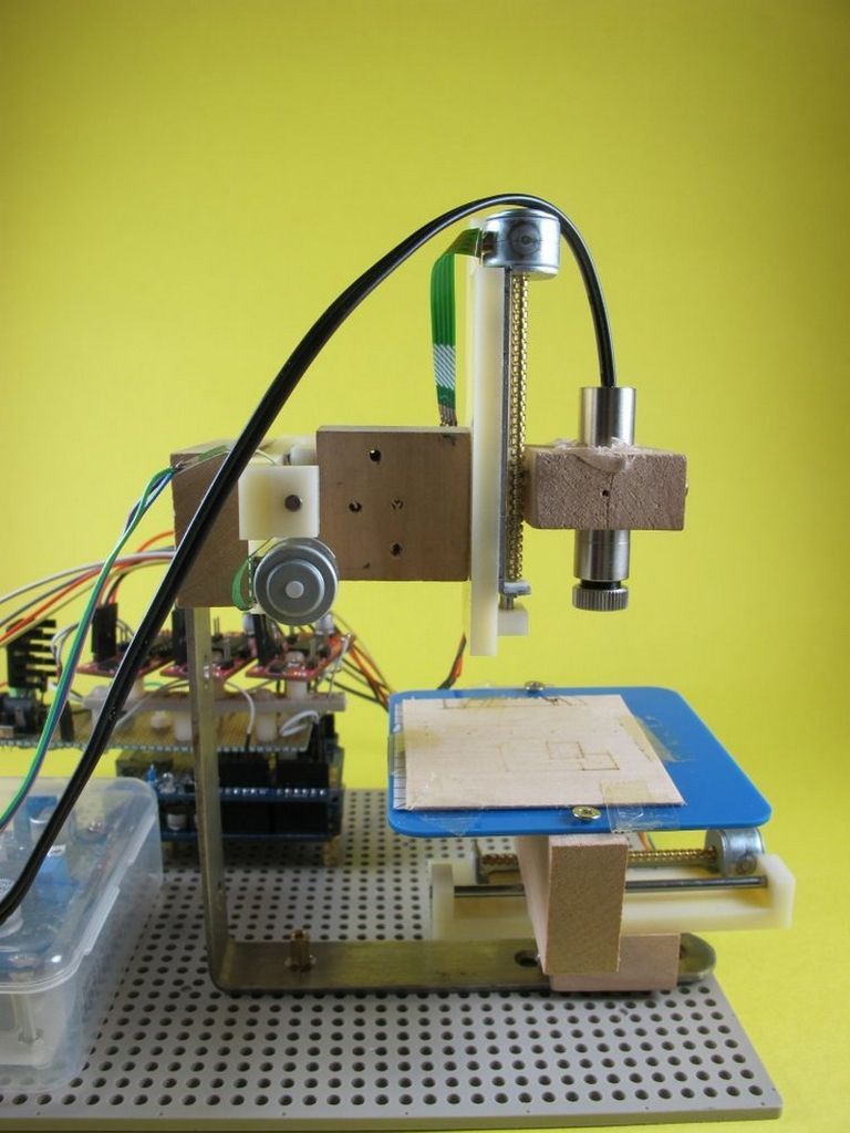 Arduino 3-axis Mini Lazer Paper-Cutter #arduino  ~~~ For more cool Arduino stuff check out http://arduinoprojecthacks.com