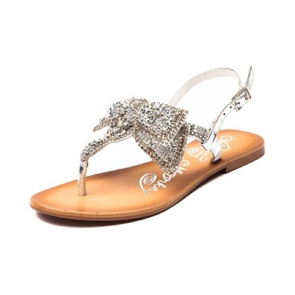 3b7c5f4bc0c44 Naughty monkey jeweled bow sandals EUC