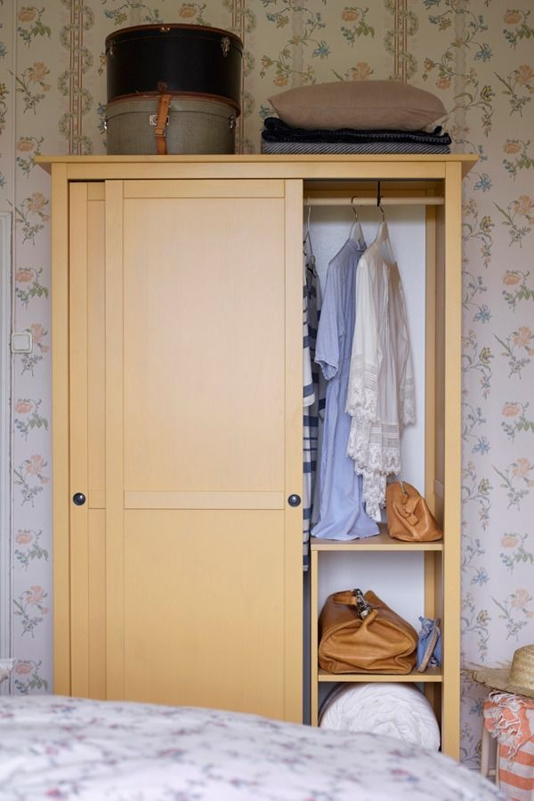 HEMNES Wardrobe with 2 sliding doors, yellow | Armario, Dormitorio y ...