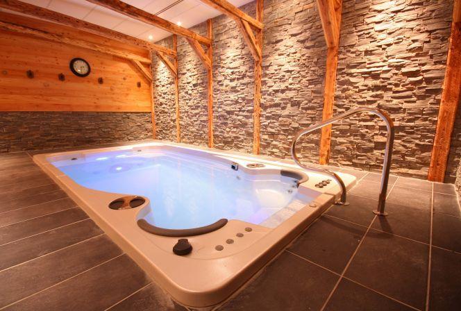 le spa de nage acrylique mod le aquasport s 39 envisage l. Black Bedroom Furniture Sets. Home Design Ideas