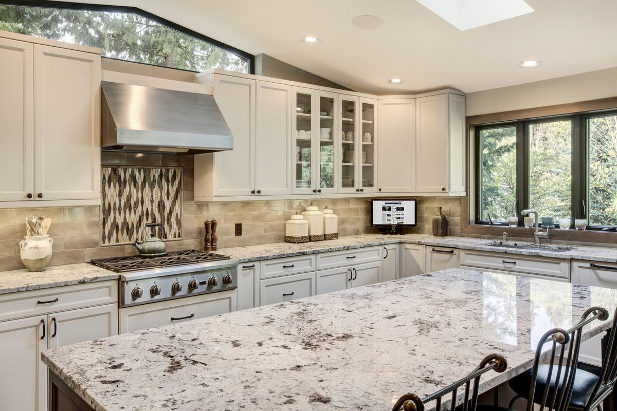 Bellevue Kitchen Remodeling Src Inc Srayc Kitchen Remodel White Kitchen Cabinets Kitchen Cabinets