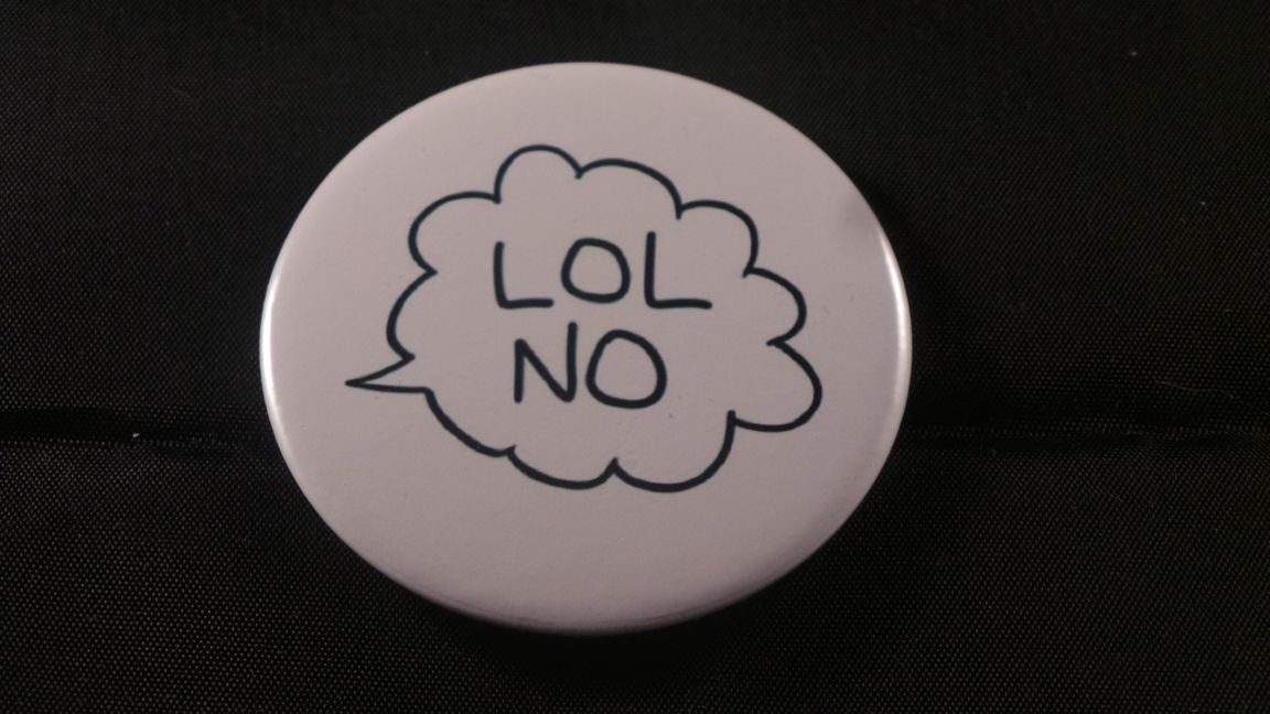 LOL No Button Badge - RM3.50