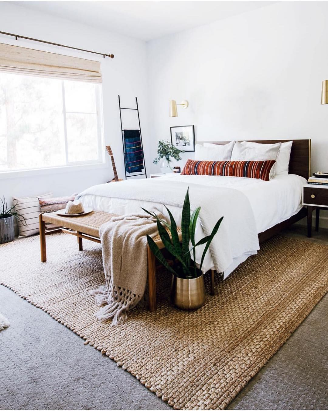 Mid Century Boho Farmhouse On Instagram Can Never Get Enough Of This Beautiful Bedroom By An Modern Bedroom Interior Home Bedroom Mid Century Modern Bedroom