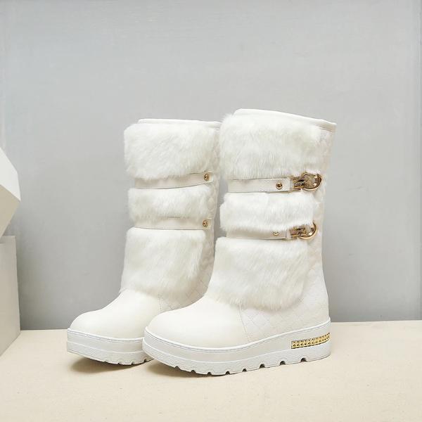 Gorgeous Faux Fur Design Winter Boots Trendy Outfits