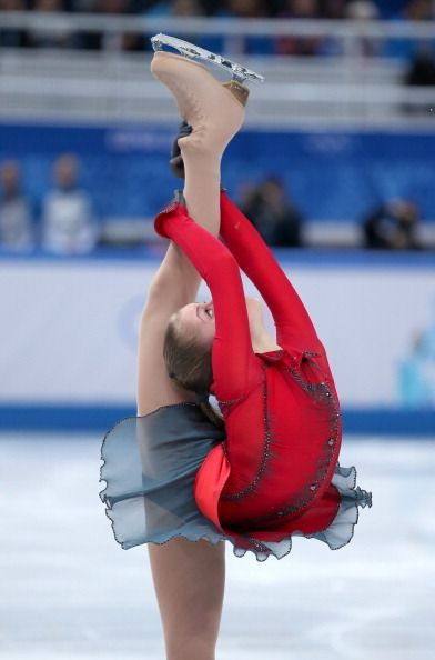 Yulia Lipnitskaya - Team Free Skate  Sochi 2014 --- this spin position is crazy! Most amazing moment of all.