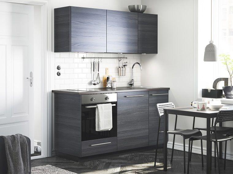 Anche le cucine moderne piccole possono essere di design e ...