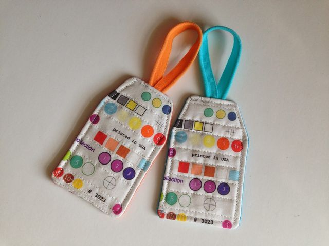 Quilted Luggage Tag tutorial (A Few Scraps) | Scrap and Tutorials : quilting luggage tags - Adamdwight.com