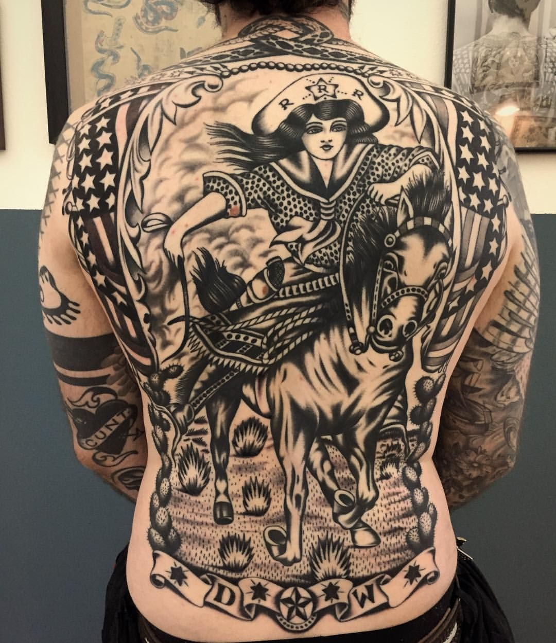 VINCE PAGES Traditional back tattoo