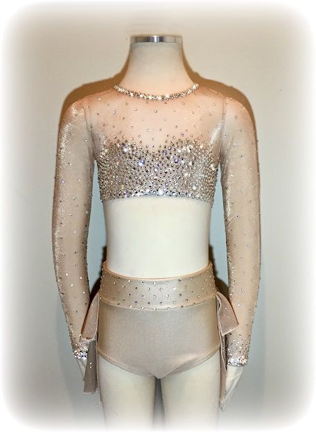 This costume would be pretty with my song in dark green or a