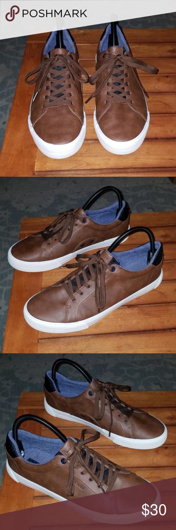 Tommy Hilfiger Rance Sneaker size 10.5
