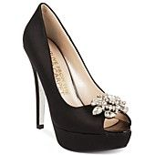 E! Live From the Red Carpet Shoes, E0039 Platform Evening Pumps omg they come in white too!!