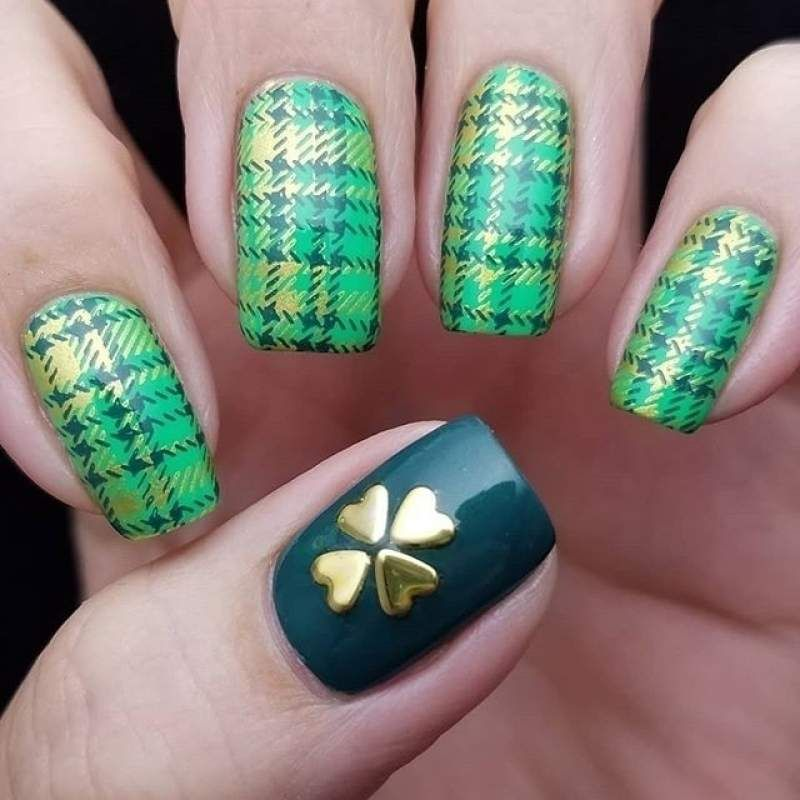 Nail Art Tutorial All I Want For Christmas Is Plaid: 20+ St. Patrick's Day Nails Art & Designs Ideas/ Inspo For