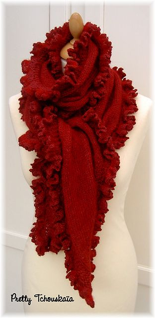 Echarpe rouge à volant - Red ruffle scarf | MΩDΔ | Pinterest ...
