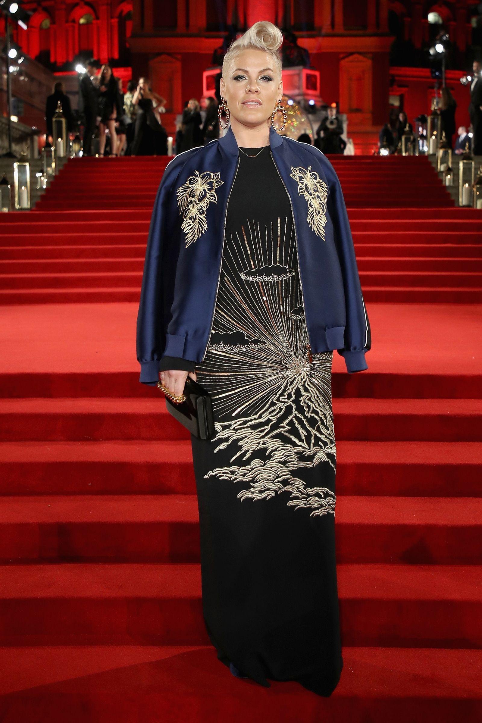 Ledisi from 2018 Grammys Red Carpet Fashion   E! News