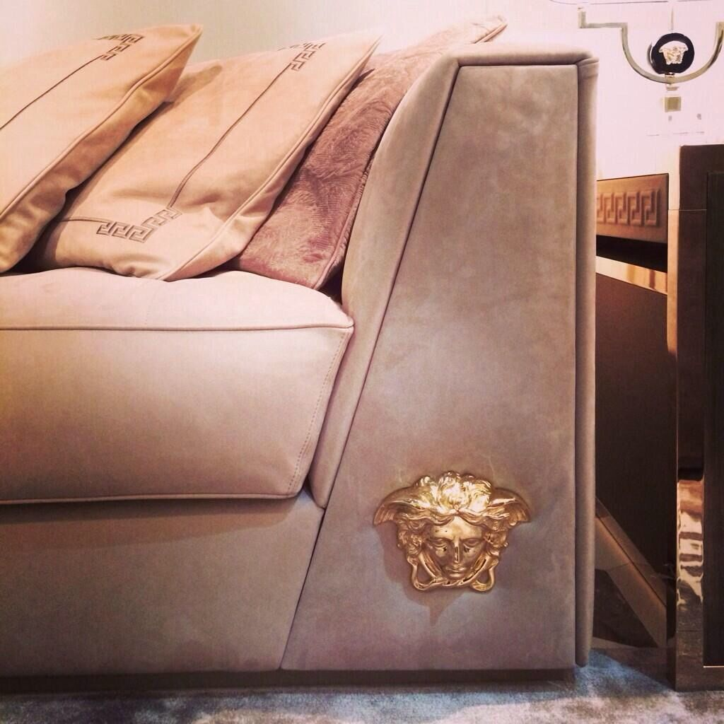 Sofa Accessories Should Look Like This