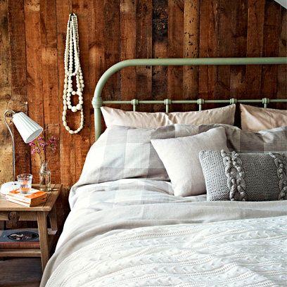 Rustic bedroom, layering bed linen