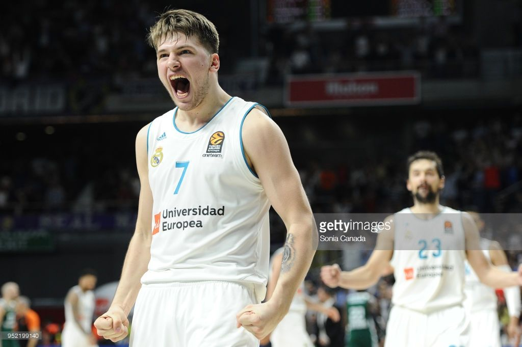 Real Madrid V Panathinaikos Superfoods Athens Turkish Airlines Euroleague Play Off Game Four Photos And Premium High Res Pictures Real Madrid Turkish Airlines Madrid