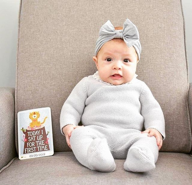 Vauva Istuminen