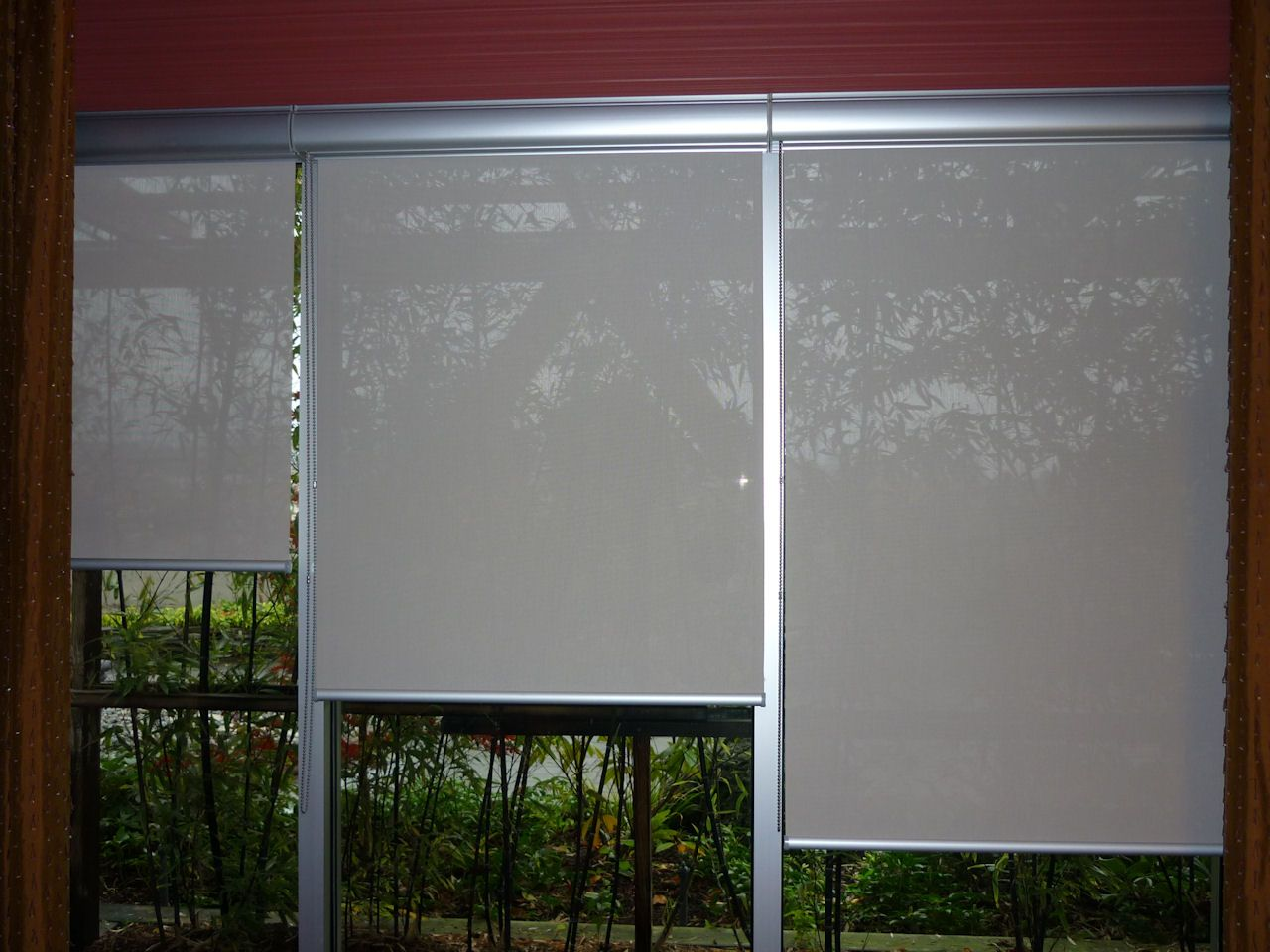 Best Vinyl Roller Shades And Window Blinds Window Shades Ds Furniture 19