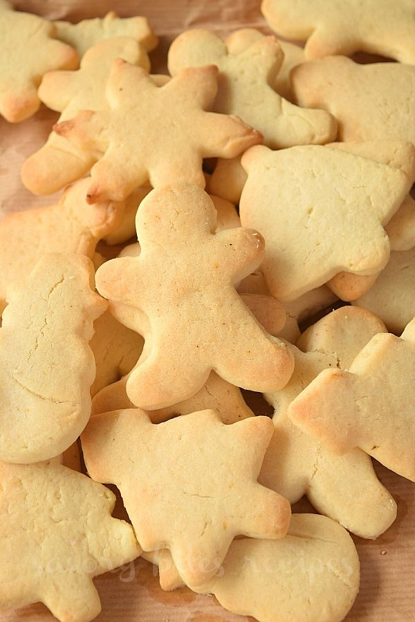 Try these simple,best and easy No Chill Sugar Cookies recipe- these are so good,plus can be made under 30 mins.Learn how to make homemade cut out sugar cookies for Christmas or Holidays with cream cheese. #savorybitesrecipes #sugarcookies #nochillsugarcookies #cookies #recipe #easyrecipe #christmas #christmascookies #nochillsugarcookies #easysugarcookies #cookiesrecipe #food #recipes