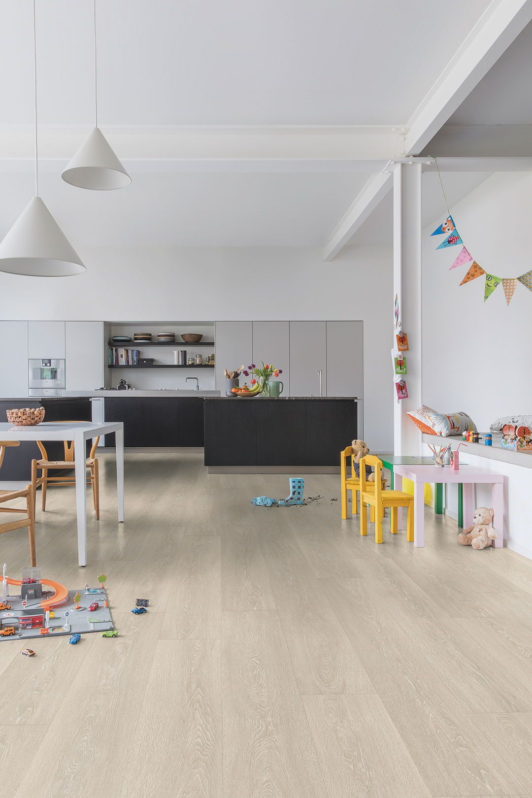 How to choose the perfect kitchen flooring   Wood laminate ...