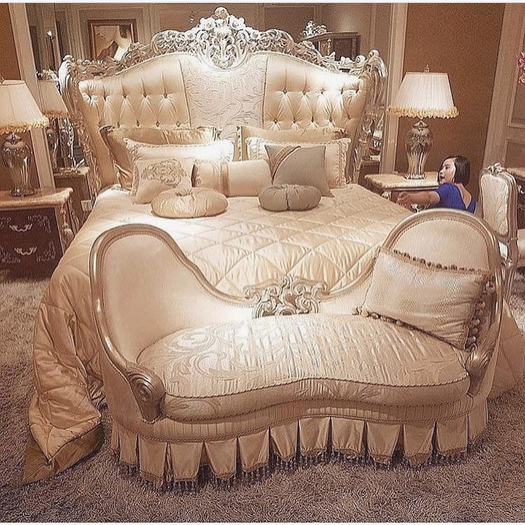 Romantisches schlafzimmer interieur pin von mariamkhushhall auf room  pinterest  schlafzimmer