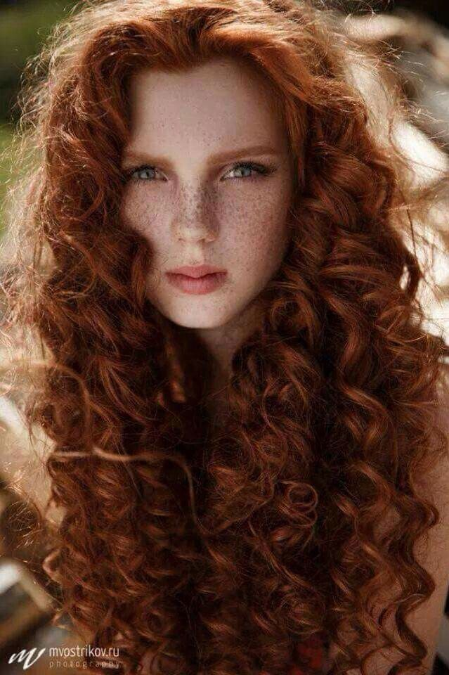 with freckles Girl red hair