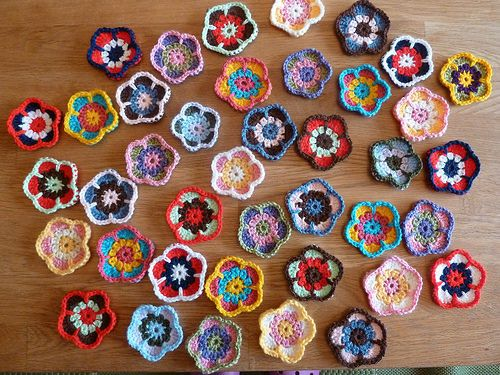 Five Petal Flower Pattern By Emma Bremner Gift Ideas For Dramos