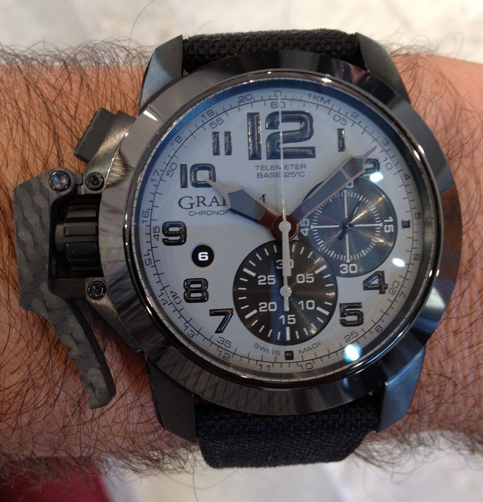 graham chronofighter oversize k2 its sporty dial black graham chronofighter oversize k2 its sporty dial black carbon left hand fast