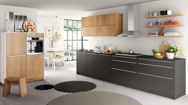 Fancy wei e K che mit kleiner Insel in wei und holz K chen Pinterest Narrow kitchen Kitchens and Kitchen dining
