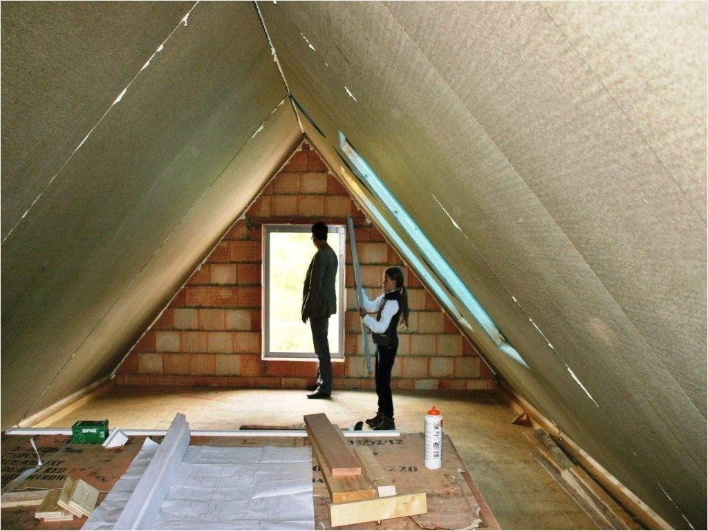 41 Stunning Attic Interior Decorating Ideas 81 Small Attic Bedroom 1 Atticbedroomdesigns Attic Design Attic Bedroom Designs Attic Rooms