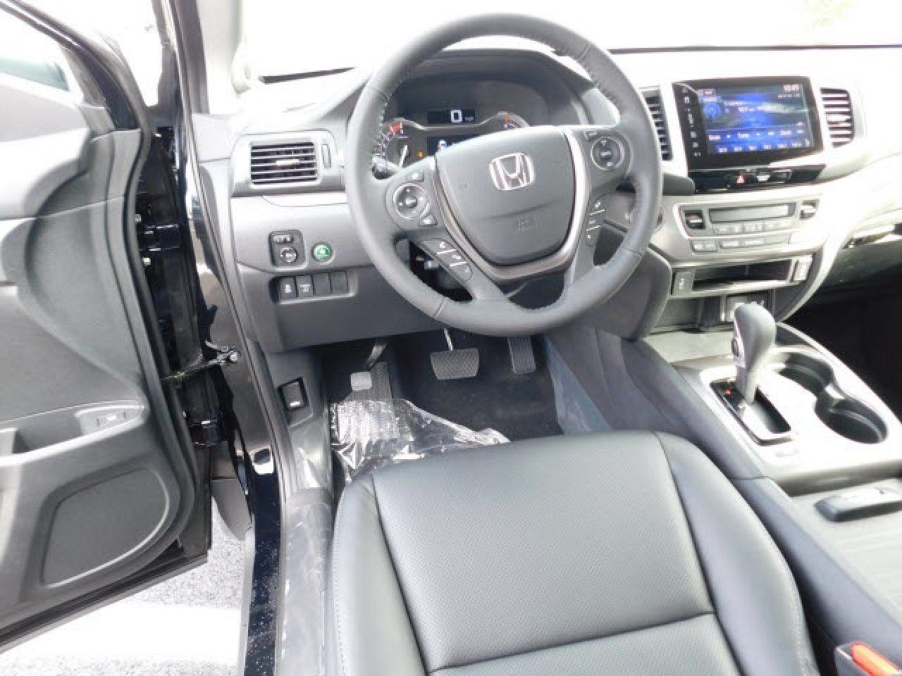 2018 Honda Ridgeline RTLT 5FPYK2F61JB002743 Honda of