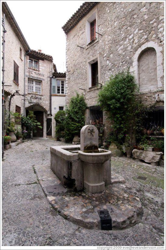 Fountain.  St. Paul de Vence