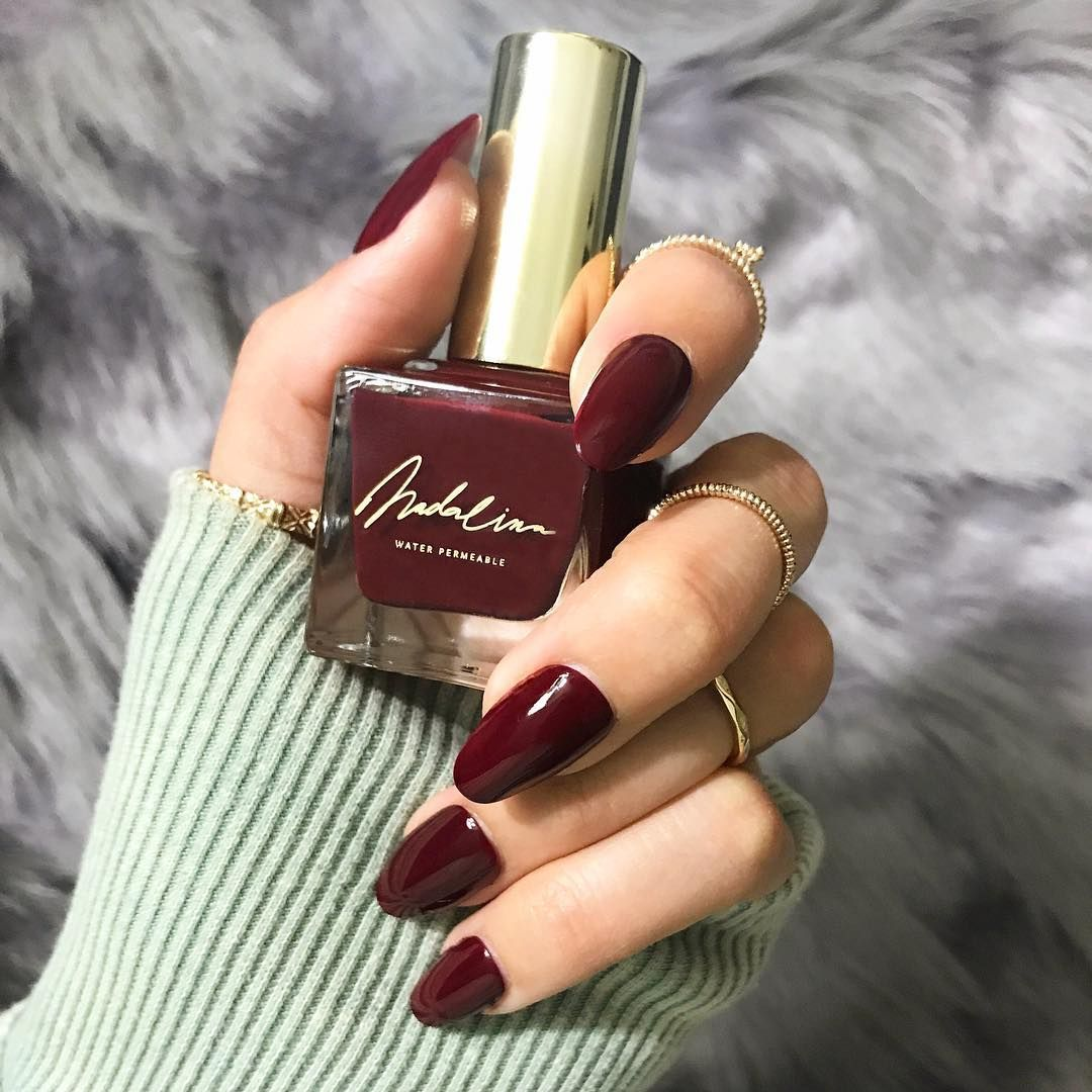 O'Maroon maroon brick color water permeable nail polish