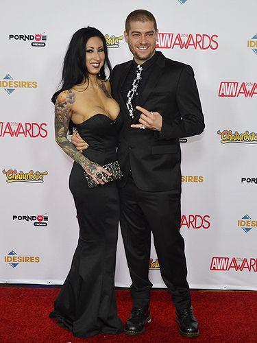 Lily Lane And Xander Corvus 2016 Avn Awards Red Carpet