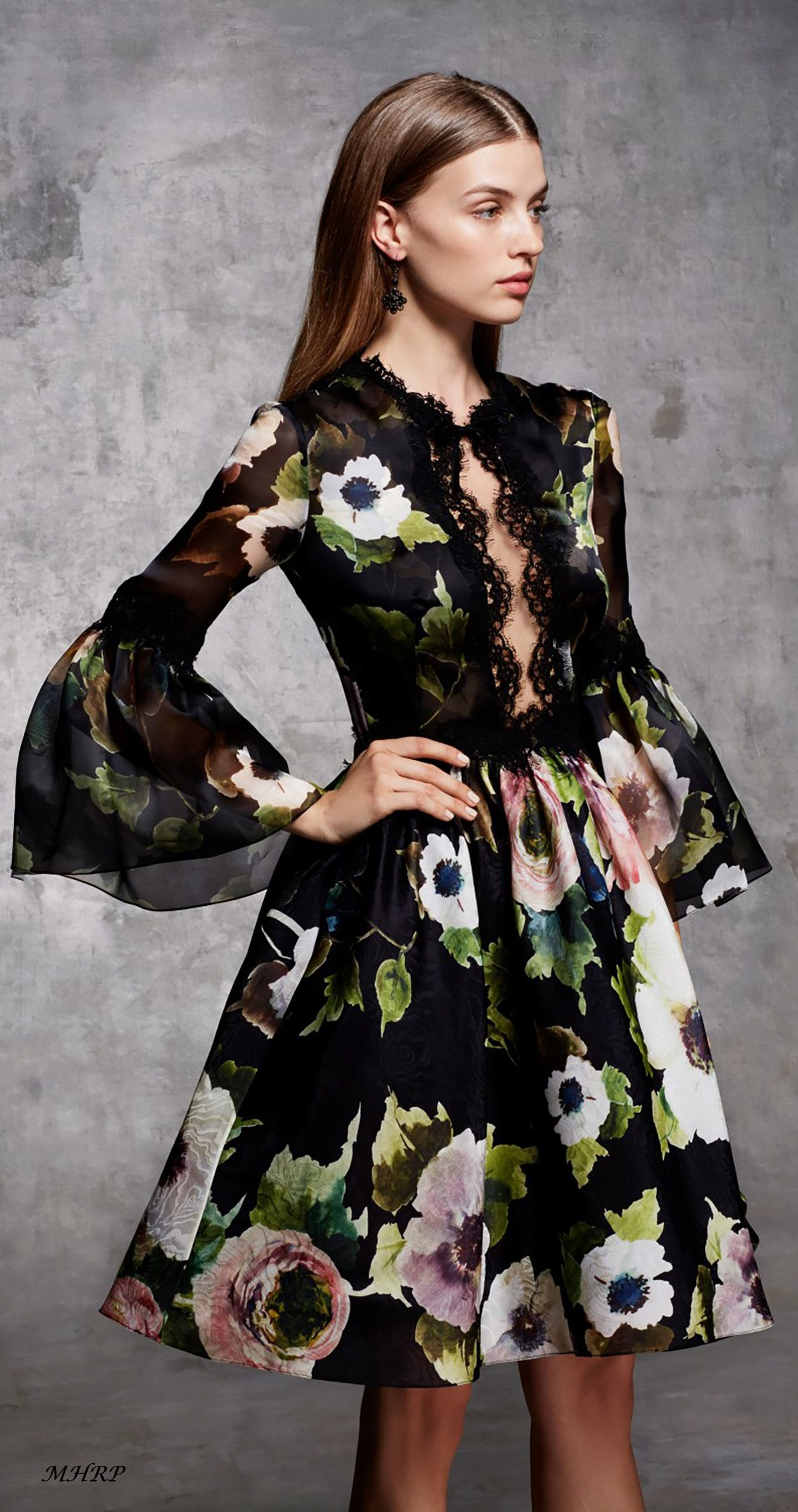 Marchesa Pre-Fall 2018 - image pinned from marchesa.com