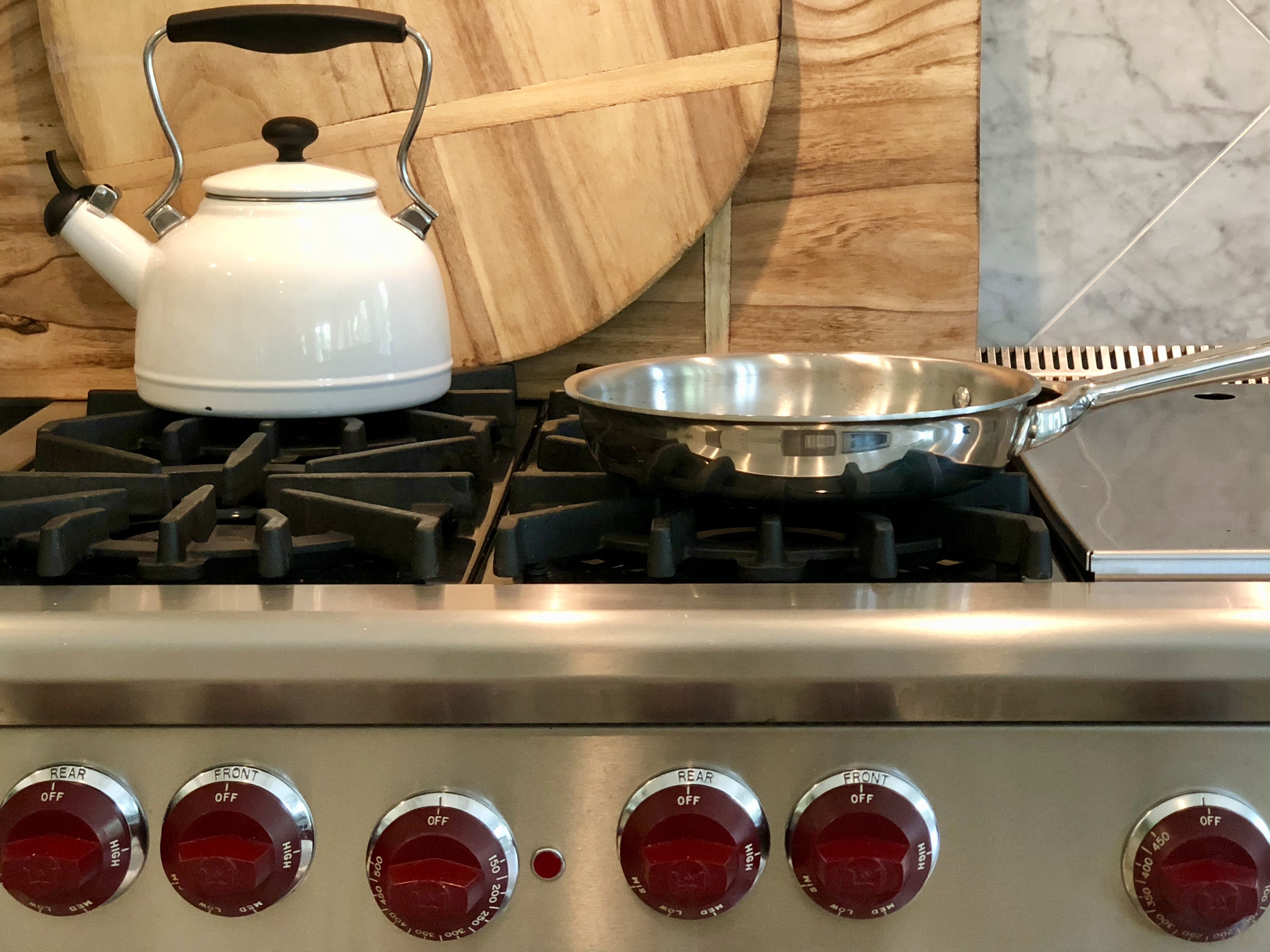 How To Clean Grease Off Stainless Steel Using A Magic Cleanser