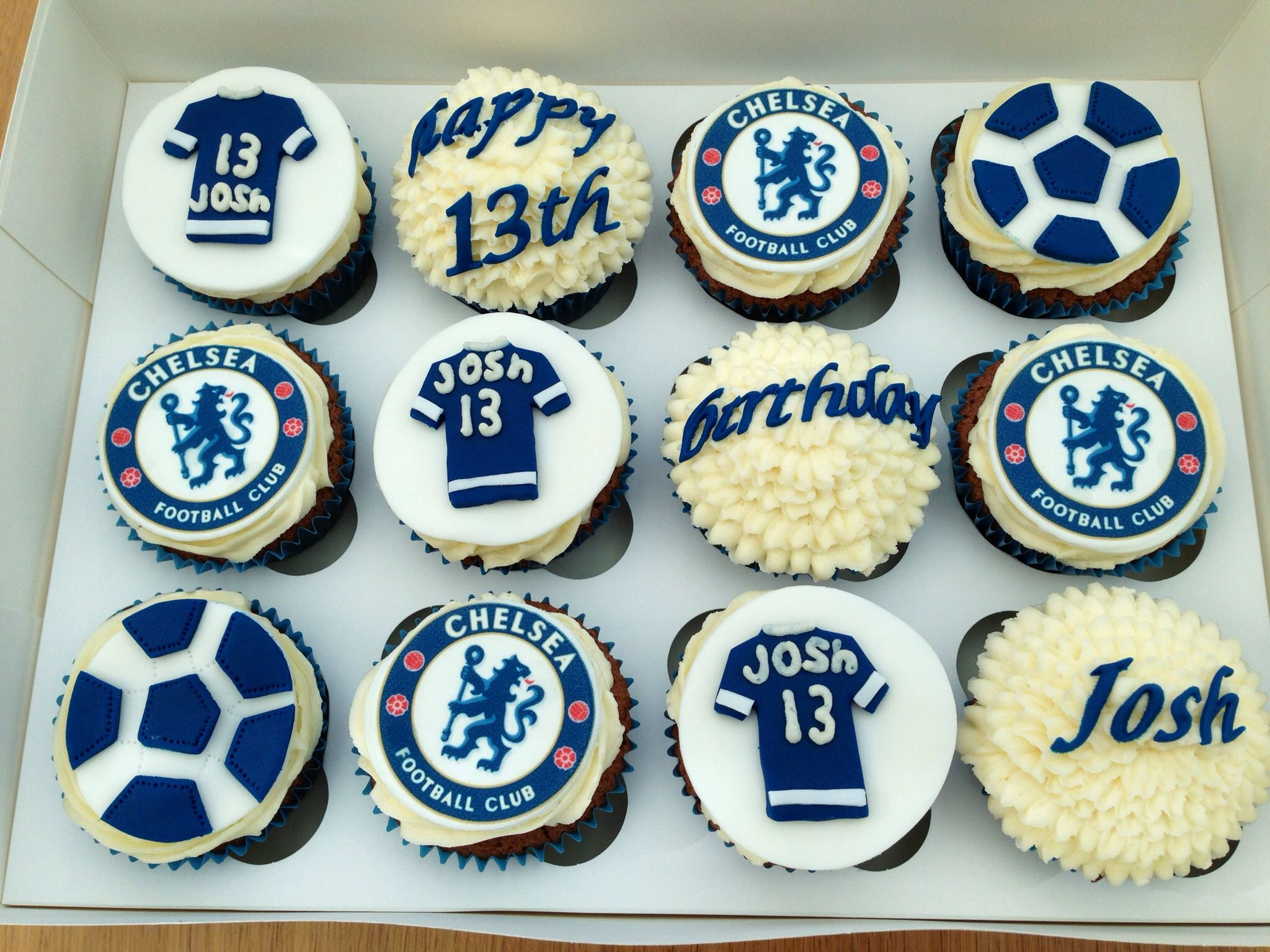 Chelsea Cupcakes Fondant Cupcakes Cupcakes For Men Wedding Cakes With Cupcakes
