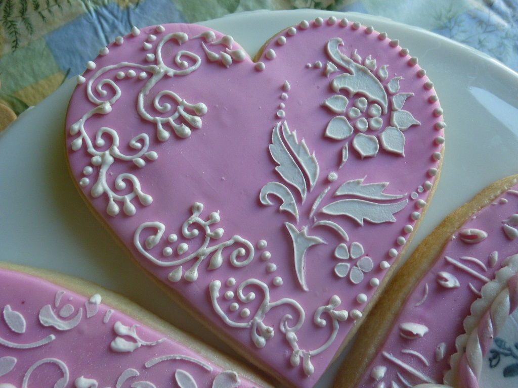 decorated sugar cookies using rubber stamp and stencil inspired by Julia Usher