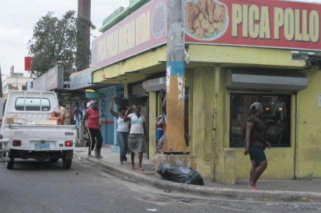 las calles de santo domingo | Pedir limosna en las calle de Santo Domingo, una misión muy difícil ...