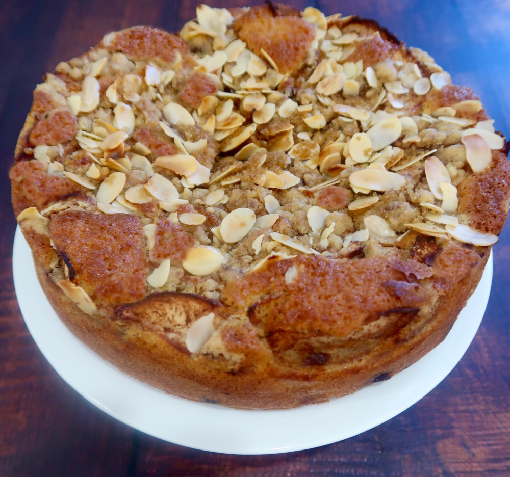 Apple Blueberry Cake With Crumble And Almonds Recipe Winners Recipe French Apple Cake Apple Cake Recipes Almond Recipes