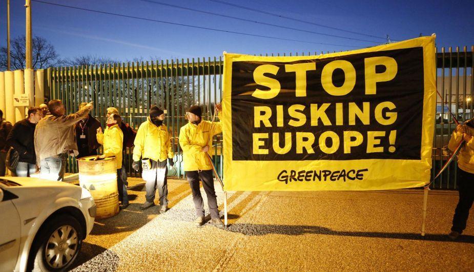 Francia: Greenpeace exige más seguridad en la central nuclear de Fessenheim