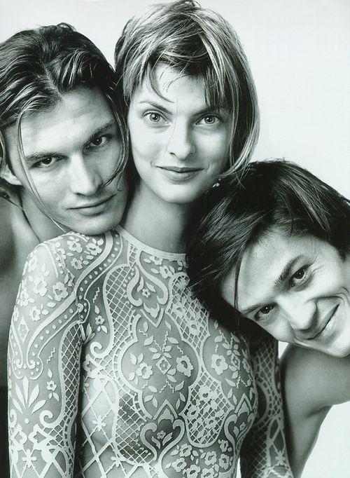 """Wilde Klassik"", Vogue Germany, February 1994Photographer : Richard AvedonModel : Linda Evangelista"
