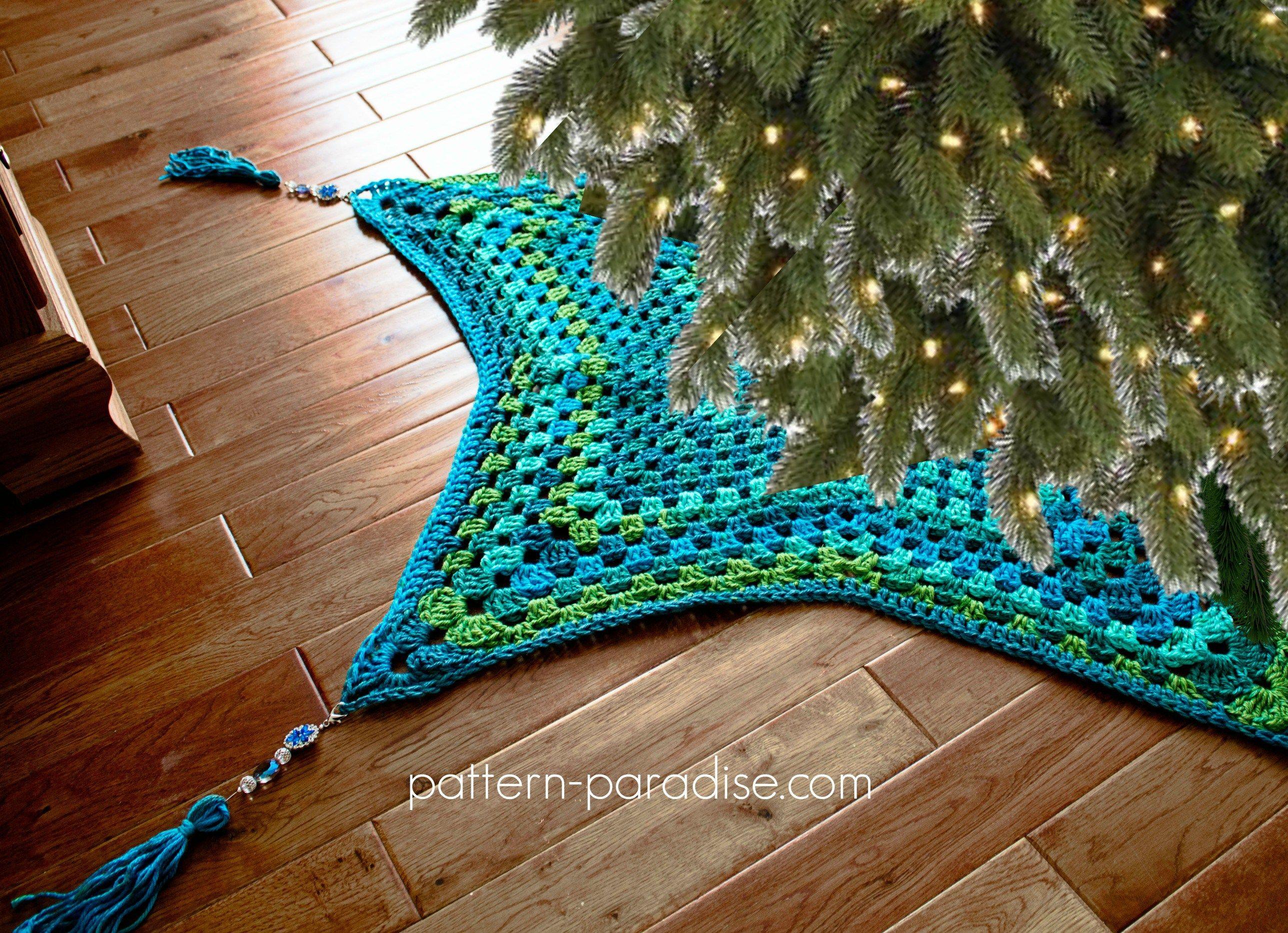 Free Crochet Pattern: Starlight Tree Skirt | Pinterest | Pieceras y ...