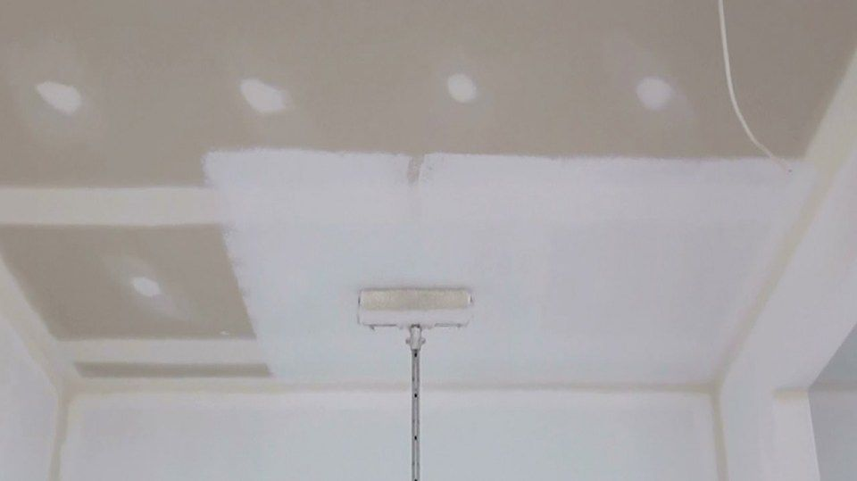 Five Quick Tips Regarding Painting Procedure For Ceiling In 2020 Painted Ceiling Drywall Ceiling Decorative Painting Techniques