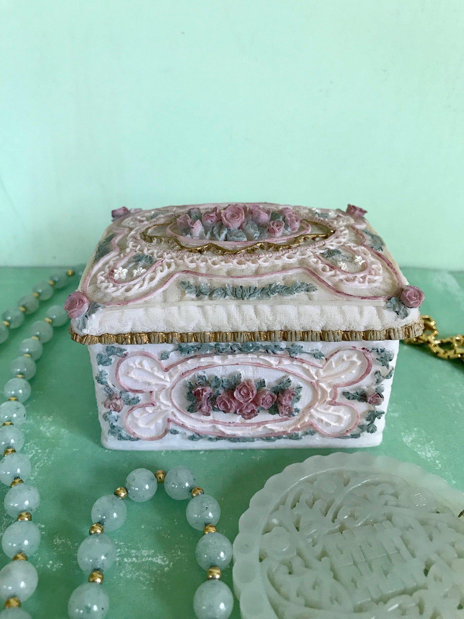 Dezine Trinket Box Handpainted Jewelry Box Collectors Vintage